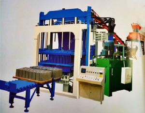 彩砖机厂家热销:全自动彩砖机,路面砖机,小型彩砖机,免烧砖机,水泥砖机,制砖机等系列产品